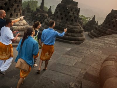 Indonesia: Hammocks & Hikes